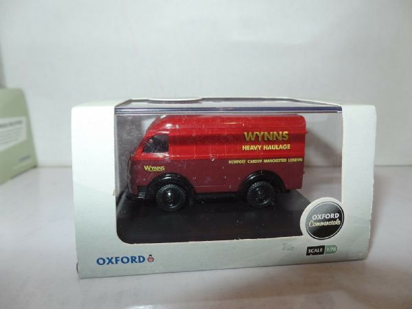Oxford 76AK013 AK013 1/76 OO SCale Austin 3 way Van Wynns Transport